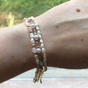 Jewelry - Set of 3 vintage tiny pearl bracelets stackable